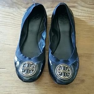 Tory Burch Leather pattern black flats